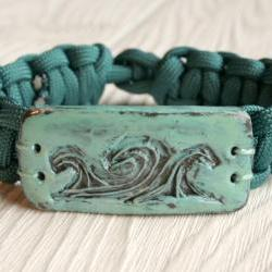 Paracord Bracelet with Wave Polymer Clay Button... Womens or Mens